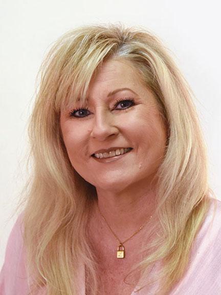 Lisa Sanders : Business Growth Strategist